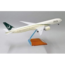 PIA Boeing 777-300ER Pakistan International Airlines AP-BID With Stand JC Wings LH2039