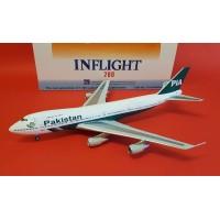 PIA Pakistan Boeing 747-200 Reg. AP-BAK, InFlight200 Scale1:200