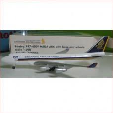 1 500 B747-400f Singapore Cargo 500869 Herpa Airplane Model